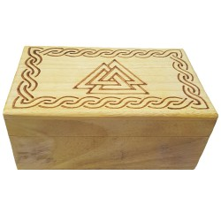 The lid of the Valknut box has a burned image of a Valknut with a border of Celtic Knotwork.